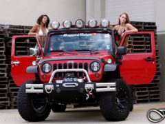 rugged-ridge-jeep-girls-1