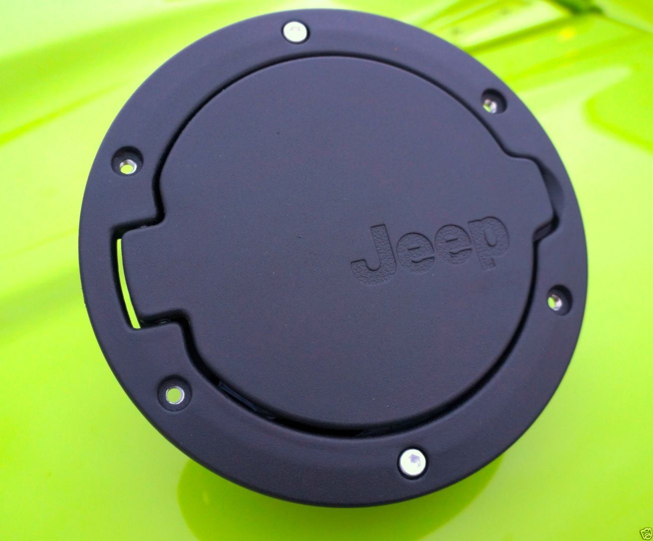 Mopar Jeep Fuel Filler Cap Door Black For 07 Jk Wrangler