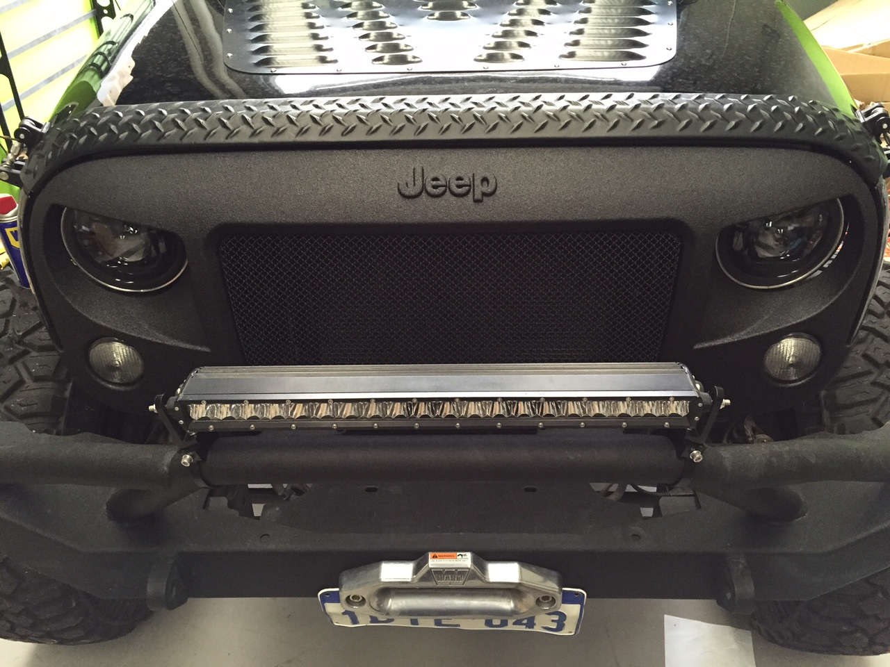 Black Signature Ripple Coating For Jeep Wrangler Grill