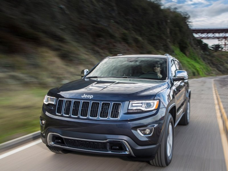 Jeep Grand Cherokee Aftermarket Parts >> Jeep Grand Cherokee 13 Wk2 Chrome Front Bumper Insert Mopar 68143105ac